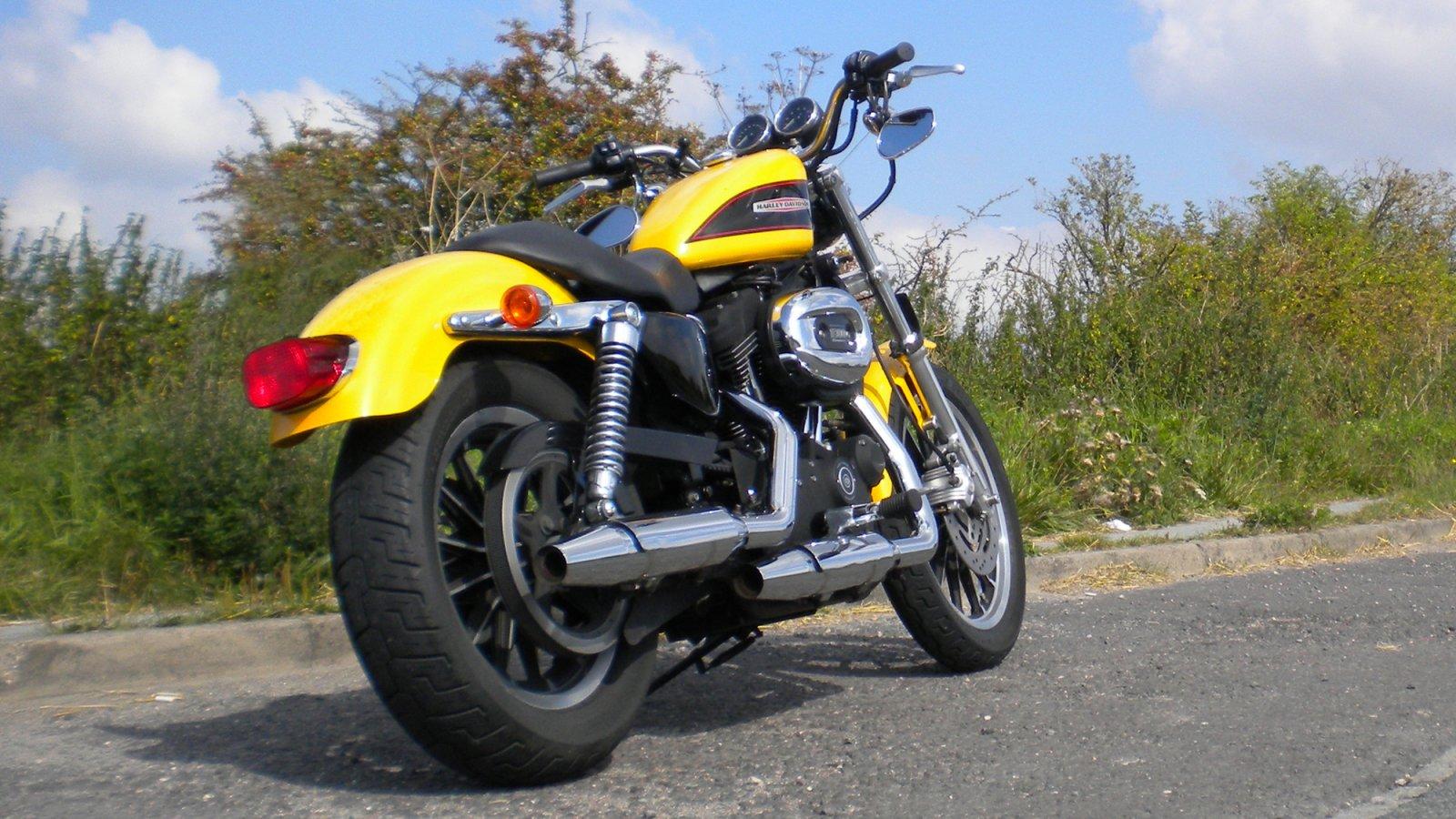 XL1200R Roadster.jpg